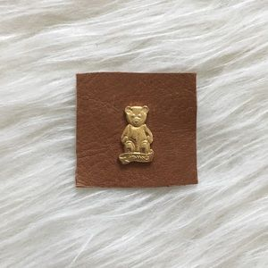 '80s / Harrods Bear Pin